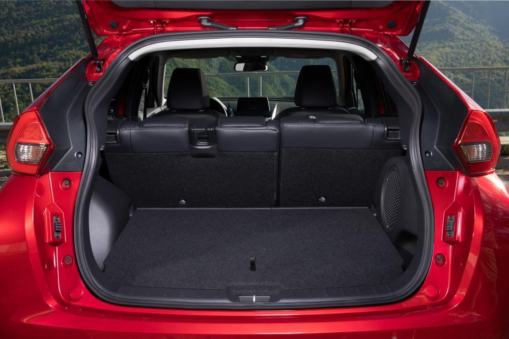Mitsubishi Eclipse Cross 1 поколение багажник