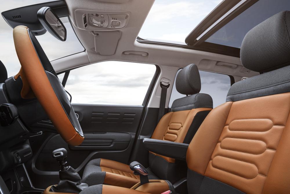 Citroen C3 AirCross 1 поколение Хетчбэк интерьер