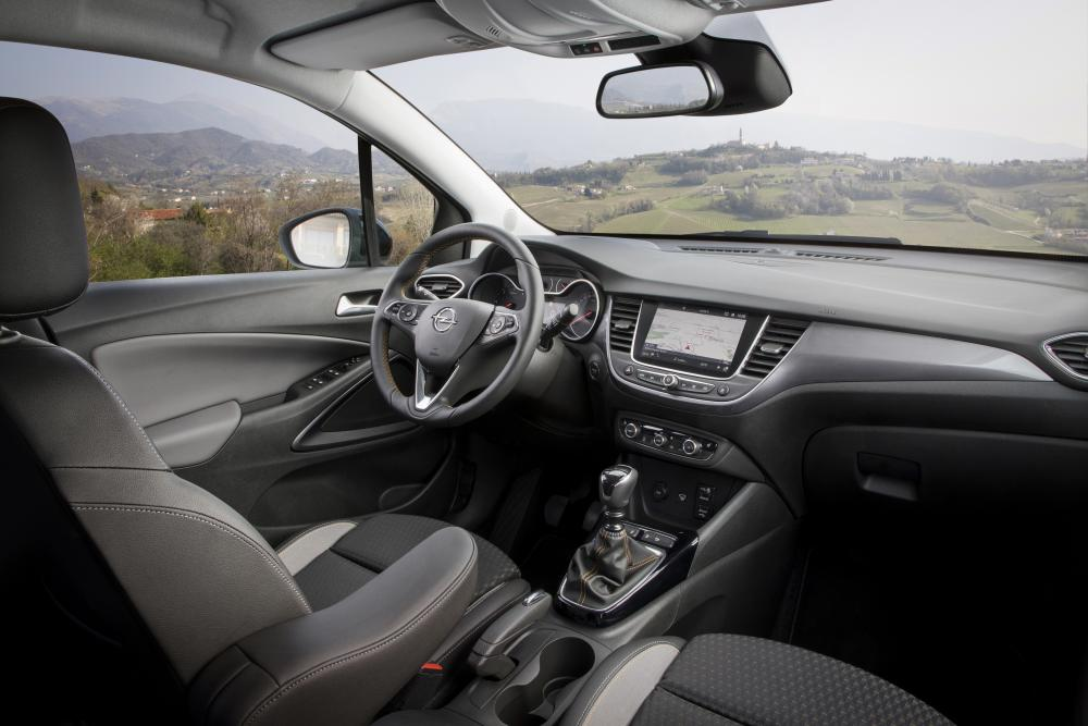 Opel Crossland X 1 поколение (2017-2020) Кроссовер интерьер