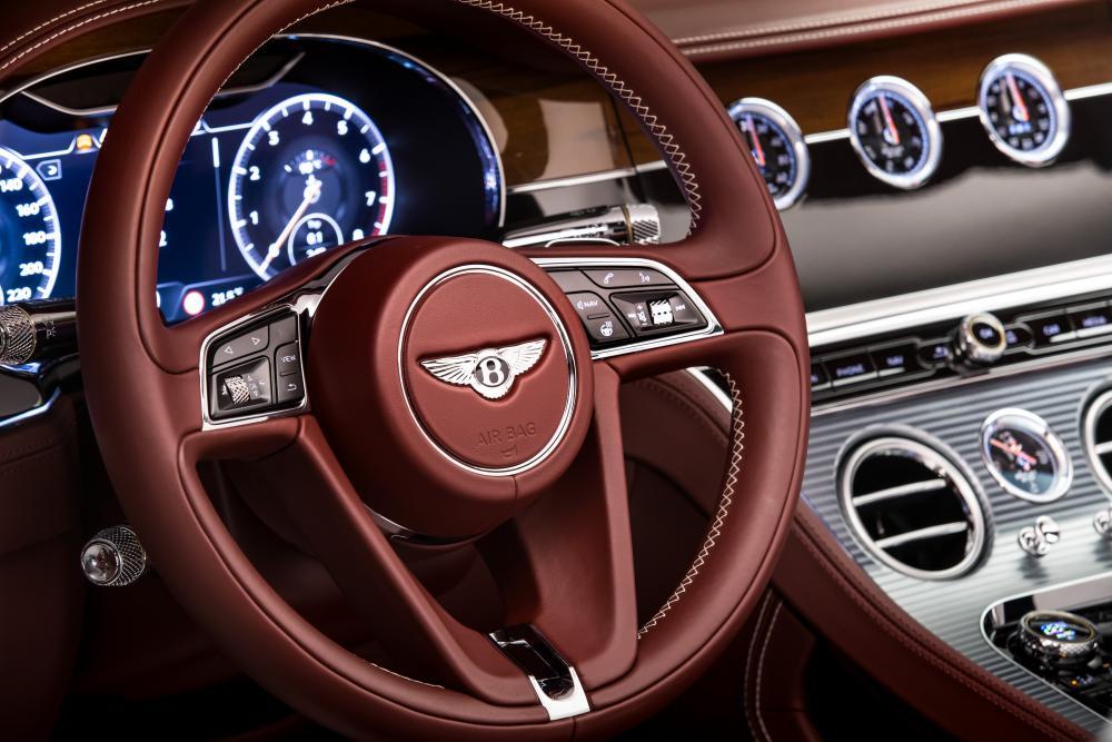 Bentley Continental GT 3 поколение Кабриолет интерьер