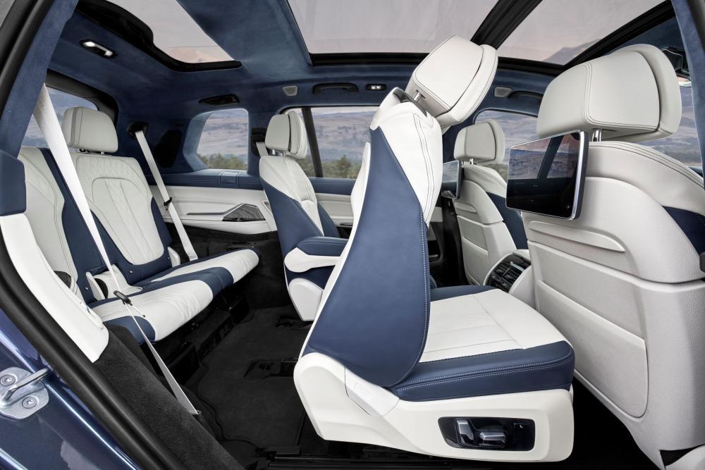 BMW X7 1 поколение G07 (2018) Кроссовер интерьер