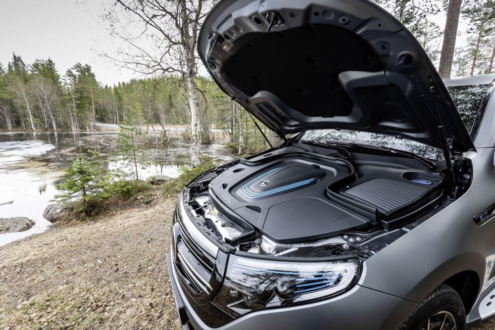 Mercedes-Benz EQC 1 поколение (2019) Кроссовер под капотом