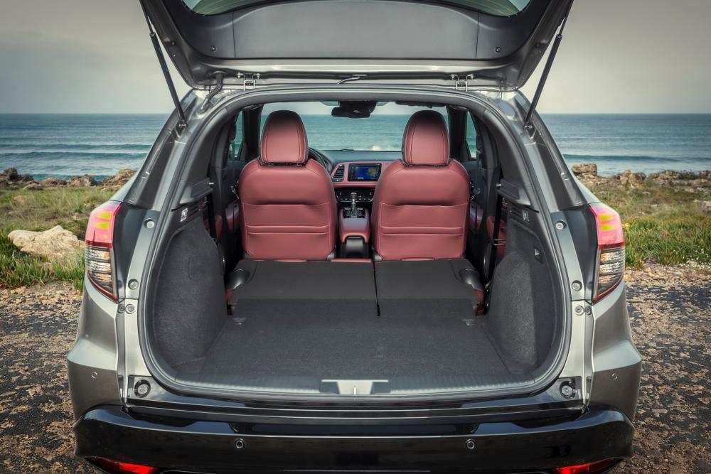 Honda HR-V 2 поколение рестайлинг багажник