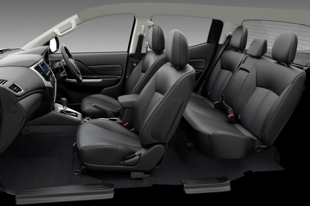 Mitsubishi L200 5 поколение рестайлинг интерьер