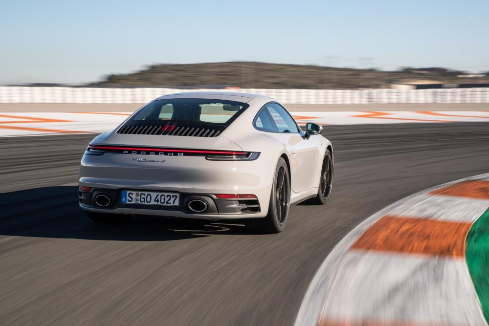 Porsche 911 992 Carrera купе