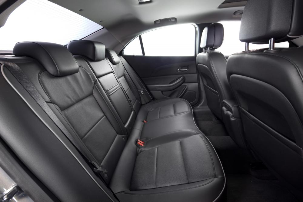 Chevrolet Malibu 5 поколение Седан интерьер