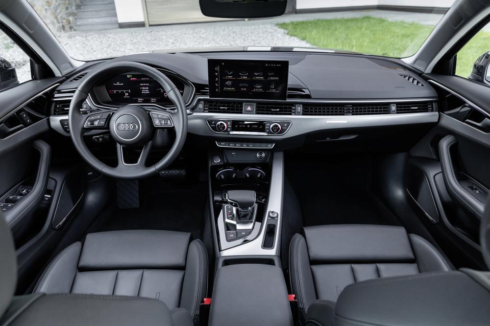 Audi A4 5 поколение B9 (рестайлинг) (2019-) седан интерьер
