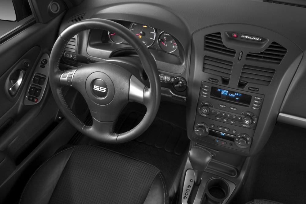 Chevrolet Malibu 3 поколение рестайлинг SS седан 4-дв. интерьер