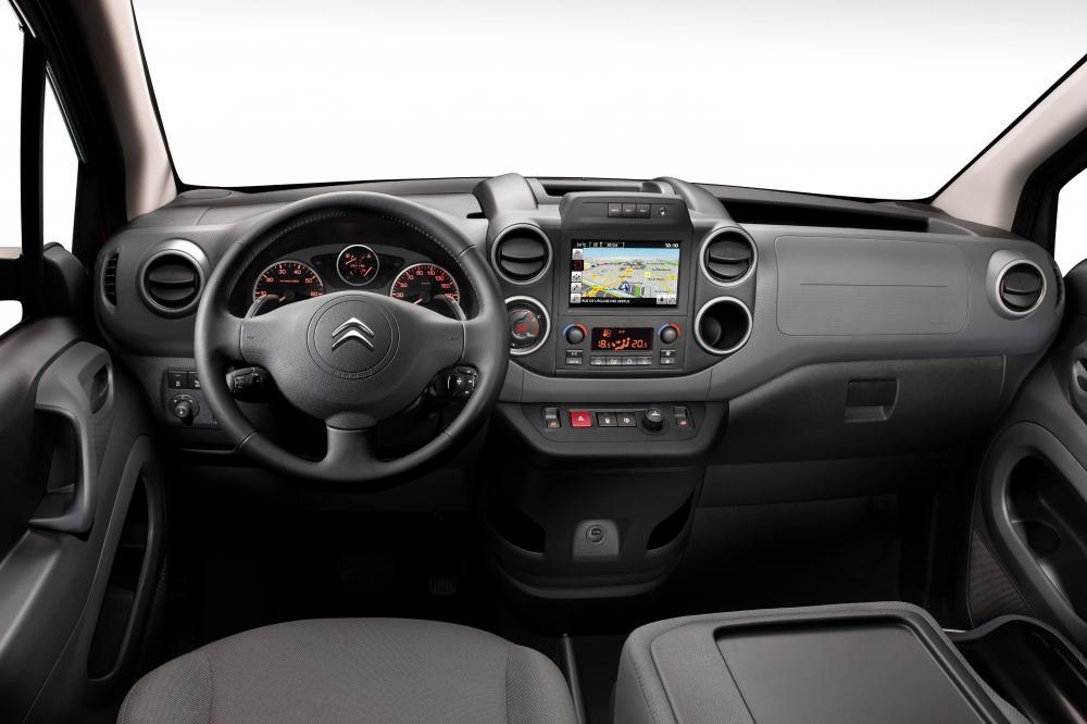 Citroen Berlingo 2 поколение 2-й рестайлинг Фургон интерьер