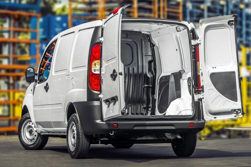 Fiat Doblo 1 поколение рестайлинг Cargo фургон